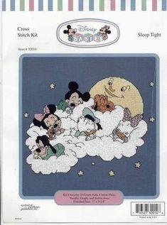 Mickey and Friends Disney Sleep Tight Disney Cross Stitch Patterns, Cross Stitch For Kids, Cross Stitch Baby, Cross Patterns, Counted Cross Stitch Patterns, Cross Stitch Charts, Cross Stitch Designs, Patchwork Disney, Disney Quilt