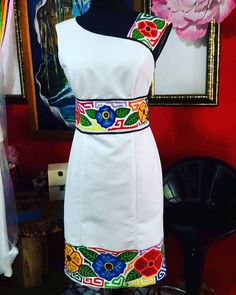 vestido blanco con flores de colores y patrones Mexican Fashion, Mexican Outfit, Mexican Dresses, Girl Fashion, Fashion Dresses, Womens Fashion, Fashion Glamour, Cheap Dresses, Nice Dresses