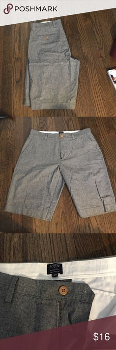 Men's J.Crew Rivington Shorts Men's J.Crew Rivington Shorts in a gray Chambray wash. Perfect for summer or a transition piece into fall. Worn only a couple of times and in perfect condition. J. Crew Shorts Flat Front