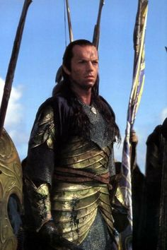 LotR: Fellowship of the Ring, Prologue. Elven armor of the second age. Elrond commands a legion of elven warriors during the final battle of the Last Alliance of Men and Elves. Worn in film by Hugo Weaving. Thranduil, Legolas, Aragorn, The Hobbit Movies, O Hobbit, Fellowship Of The Ring, Lord Of The Rings, Hugo Weaving, Jrr Tolkien