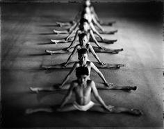 Consacrés dans la culture populaire grâce à de nombreux films asiatiques d'arts martiaux, les moines Shaolinsont également connus pour leur discrétion. Aujourd'hui SooCuriousvous fait découvrir l'intimité de ces moines pratiquant le kung...