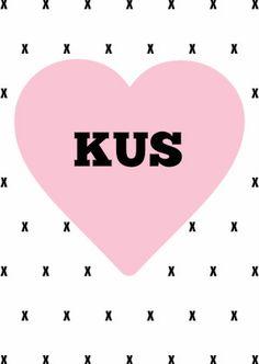 Een leuke, hippe liefde kaart met een groot roze hart. Pas eventueel de tekst aan.