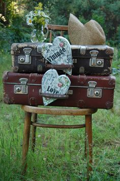 Nice people dating know that two is better that one! #vintage #luggage #onlinedatingsite www.nicepeopledat...