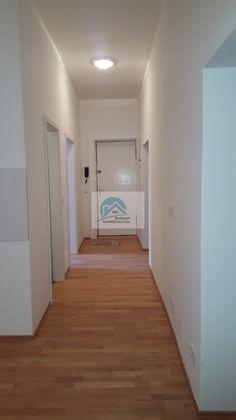 Zu vermieten in Berlin: tolle sanierte Wohnung in Neukoelln  For rent in Berlin: beautiful fully renovated apartment in Neukoelln