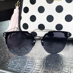 Black & Silver Sunglasses Fun reflective mirrored fashion sunglasses. Oversized with a silver tone metal frame. 100% UVA & UVB protection. Check my closet for more color options. Price firm unless bundled. No trades. Accessories Sunglasses