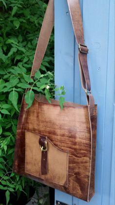 Distressed leather brown bag by HenandTillLeather on Etsy