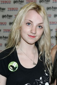"""Evanna Lynch (Luna Lovegood)   How Much The """"Harry Potter"""" Cast Changed From The First Movie To The Last"""
