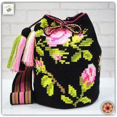 Wayuu bag double strands รุ่น Premium quality ⭕️Sold out⭕️ •ฐาน 9นิ้ว สูง 11.5 นิ้ว •สายยาว 105 cm. •ฟรี Ems ขอบคุณคุณลูกค้ามากๆค่ะ 🙏🙏🙏 Unique style by wayuukiss FB ➡️ WayuuKiss Line ➡️ @wayuukiss ( มี@นำหน้าค่ะ) IG ➡️ wayuukiss =accept credit card,paypal== #wayuukiss #wayuubag #popularbikini #กระเป๋าพลอยเฌอมาลย์ #colombia #importthailand #summerbag #hotitem #mochilabag #mochilas #bikini #kinni #wayuubikini #popularbikini #กระเป๋าพลอยเฌอมาลย์ #colombia #importthailand #summerbag #hotitem…