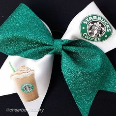 I'm not even a cheerleader but still really want this!!!!!!!!!