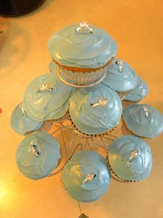 bridal shower cupcakes-- need to be more elegant, but like the ring idea