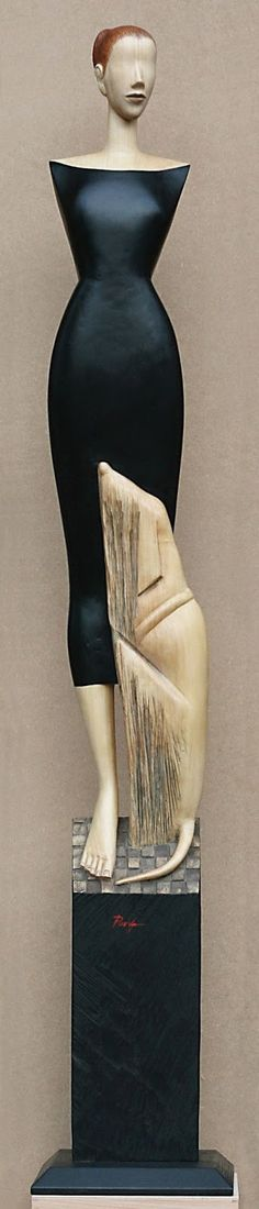 Margarita Pueva - artodyssey paintings and sculptures   1950 - born in Pernik, Bulgaria 1968 – 1975 – Academy of Fine Arts, Veliko Tarnovo, Bulgaria – MFA, Sculpture. Minor: Painting seit 1975 – freelancer Artist Since 1991 she lives and works in Germany
