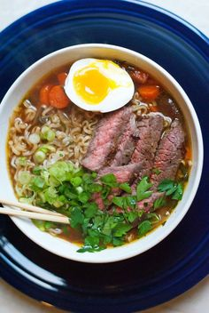 Ranging from bacon and egg to spicy Sriracha, these delicious recipes outdo any packaged variety—and are almost as easy to make. #healthy #ramen #recipes https://greatist.com/eat/healthier-ramen-recipes
