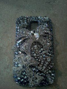 Rhinestone cell phone case