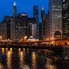 Goodnight Chi-city. I'm obsessed with you. Now off to bed.
