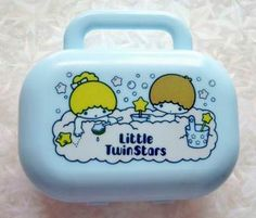 1976年製のキキララ石鹸入れです。 家の洗面所の奥でずっと眠ってたのだけど、持っていた記憶が全然ありません・・。 中にはキキララの形...
