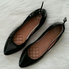 """Vince Camuto drawstring """"Jamilla"""" flats Patent leather flats by Vince Camuto. Features a rounded toe, drawstring detail and togle at heel. Heel height 1/8""""* Fits true to size. Gently used- does not come with original box. SORRY NO TRADES Vince Camuto Shoes Flats & Loafers"""