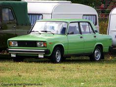 Lada Nova (VAZ 2105) - Limousine, Fiat-Lizenz, UdSSR - fotografiert am 05.09.2009 zum 11. Ostmobil Meeting Magdeburg (OMMMA 2009) - Copyright @ Ralf Christian Kunkel