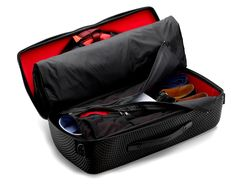 RED-EYE CARRY-ON GARMENT BAG | Crease-Free Cabin Size Suit Carrier by LAT_56