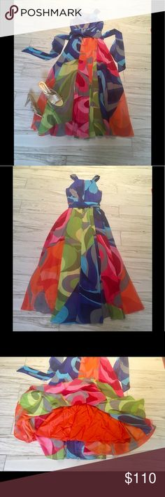 🌹WOW🌹🌻💐Fabulous Maxi Dress!!🌺🌻💐NWOT!!💐 Gorgeous Dress!! Fully Lined ! Machine Washable!! Soft Surroundings Dresses Maxi