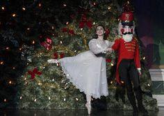 Nutcracker Ballet Costumes | Buzz Master revient très vite avec de nouveau Buzz !!!