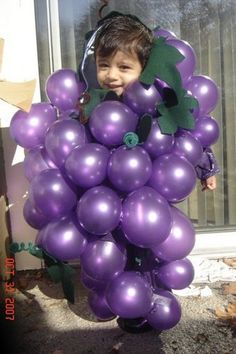 Grape costume with balloons (after you tie ballonn knot, you can safty pin the knot onto your clothes) Good for kids OR adult costume.