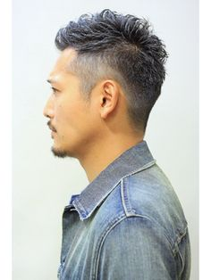 Laurel【ローレル】 Laurel心斎橋○森拓也○グレーシルバー○刈り上げツーブロック○ Hair Designs For Men, Beard Haircut, Asian Men Hairstyle, Wild Hair, Haircuts For Men, Men's Haircuts, Grey Hair, Barber Shop, Mustache