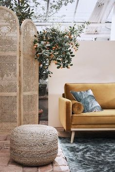 WestwingNow ▷ Online furniture and home accessories store - Trend Collection: Botanical Bloom 🌾 This nature-inspired collection brings a special touch to an - Boho Glam Home, Luxury Interior, Interior Architecture, Interior And Exterior, Interior Design, Home Accessories Stores, Interior Decorating Styles, Hacienda Style, Cozy Corner