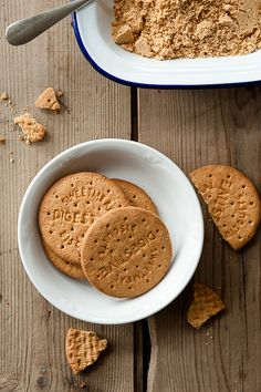 Digestive biscuits, why are you so British? I need to learn how to make them here.