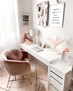 but then stylish with pretty writing utensils & unique furnishing ideas! Discover stylish home office products on WestwingNow! 📷: Beri Ünlü // Interior Inspo Furnishing Decoration Living Ideas Home office decor office design office ideas Study Room Decor, Room Ideas Bedroom, Diy Bedroom Decor, Cute Bedroom Ideas For Teens, White Desk Bedroom, Bedroom Ideas For Small Rooms, Small Bedroom Office, Small Bedroom Inspiration, Master Bedroom