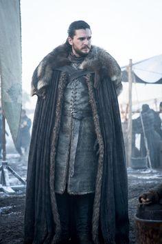 Jon Snow in Got Season 8 episode 1 Game Of Thrones 4, Game Of Thrones Poster, Game Of Thrones Costumes, Game Of Thrones Dragons, Jon Schnee, Game Of Trone, Game Of Throne Actors, Dark Princess, John Snow