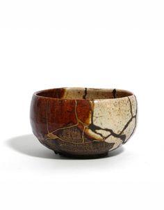 Kichizaemon VII, Chônyû (1714-1770), tea bowl / chawan. With a splendid kintsugi technique. Japan