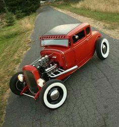 32 Five Window Coupe, trip-power, nailhead Buick powered