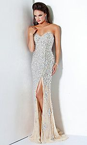 Wanna go somewhere/anywhere just so i can wear a dress like this!