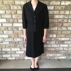 REGARDING COVID: I am healthy and virus-free. I am working from home and only going out when absolutely necessary. Items in my shop are from before the virus, are stored in my home, and have been cleaned/sanitized to the best of my ability. Orders still  ship same day or next day!Vintage 2 Piece Suit Jacket Suit Coat Skirt Suit Size 8 Professional Office Clothing Women's Knee-Length 60s Style Forever Young PuritanThis is a vintage 2 piece outfit with so much style. Condition: Excellent vintage c Celebrity Outfits, Celebrity Style, Skirt Suit, Suit Jacket, Office Clothing, 60s Style, Designer Anarkali, 2 Piece Outfits, Forever Young