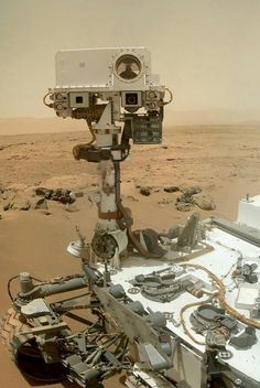"NASA planning to send ""twin"" Curiosity rover to Mars. NASA has announced plans for another Mars rover, to be based on blueprints for Curiosity. Sistema Solar, Cosmos, Sonda Curiosity, Curiosity Mars, Space And Astronomy, Nasa Space, Apollo 11, To Infinity And Beyond, Outer Space"