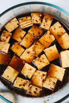 I can't believe I'm even writing this post, because I used to HATE tofu. I hated the texture, the taste, the look of the stuff - I hated everything about it. Basically, immediately after tofu and I made acquaintances years ago, I made up my mind that we'd never get along.  Then