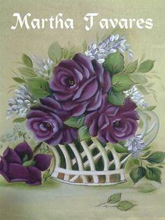 Cores: uva,beringela,preto e cortei com lilás