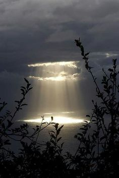 When I was a child, I thought these rays were God taking souls up to heaven.