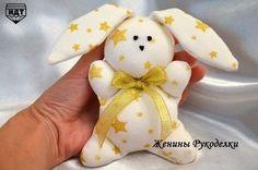 Hacer conejitos de tela para niños con moldes