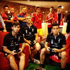 Suso, Coutinho and Lambert take on the Liverpool fans! EA Sports #YNWA #warriorfootball #LiverpoolFC #Soccerdotcom