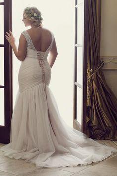 60 Trendy Wedding Dresses Short Plus Size Curvy Bride Plus Size Wedding Gowns, Bridal Wedding Dresses, Size 18 Wedding Dress, Plus Size Brides, Curvy Bride, Dress Plus Size, Dresses Short, Summer Dresses, Curvy Dress
