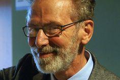 A propósito del Premio Abel El pasado 22 de marzo  el matemático francés Yves Meyer, de 77 años de edad, recibió de la Academia Noruega de Ciencias y Letras el Premio Abel 2017, por desarrollar la teoría y el análisis de ondículas, que permite, entre otras cosas, ver cine digital