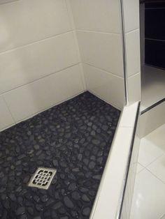panellakás felújítás fürdőszoba 09 ilyen lett Sweet Home Design, Tile Floor, House Design, Flooring, Shower, Rain Shower Heads, Tile Flooring, Wood Flooring, Showers