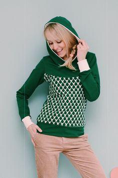 Sweatshirts - Hoodie Raindrops grün Sweater Retro Damen  - ein Designerstück von Bonnie-and-Buttermilk bei DaWanda