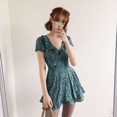 Cool Outfits, Summer Outfits, Fashion Outfits, Layered Skirt, Grunge Fashion, Cute Dresses, Fashion Beauty, Vintage Outfits, Short Sleeve Dresses