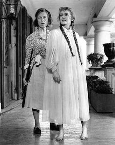 Agnes Moorehead, Bette Davis– <em>Hush…Hush, Sweet Charlotte</em>