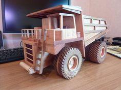 Mining Truck - by taffy @ LumberJocks.com ~ woodworking community