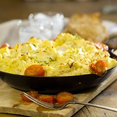 Den kjappeste fiskegratengen! Macaroni And Cheese, Den, Food And Drink, Dinner, Ethnic Recipes, Dining, Mac And Cheese, Food Dinners