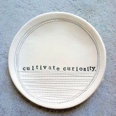 5 dish cultivate curiosity MADE TO ORDER by mbartstudios on Etsy Ceramic Clay, Ceramic Plates, Porcelain Ceramics, Cold Porcelain, Ceramic Pottery, Estilo Tropical, Sculptures Céramiques, Pottery Classes, Pottery Wheel