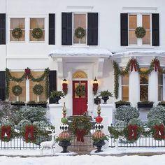 Amazing Christmas/Holiday Porch Decor